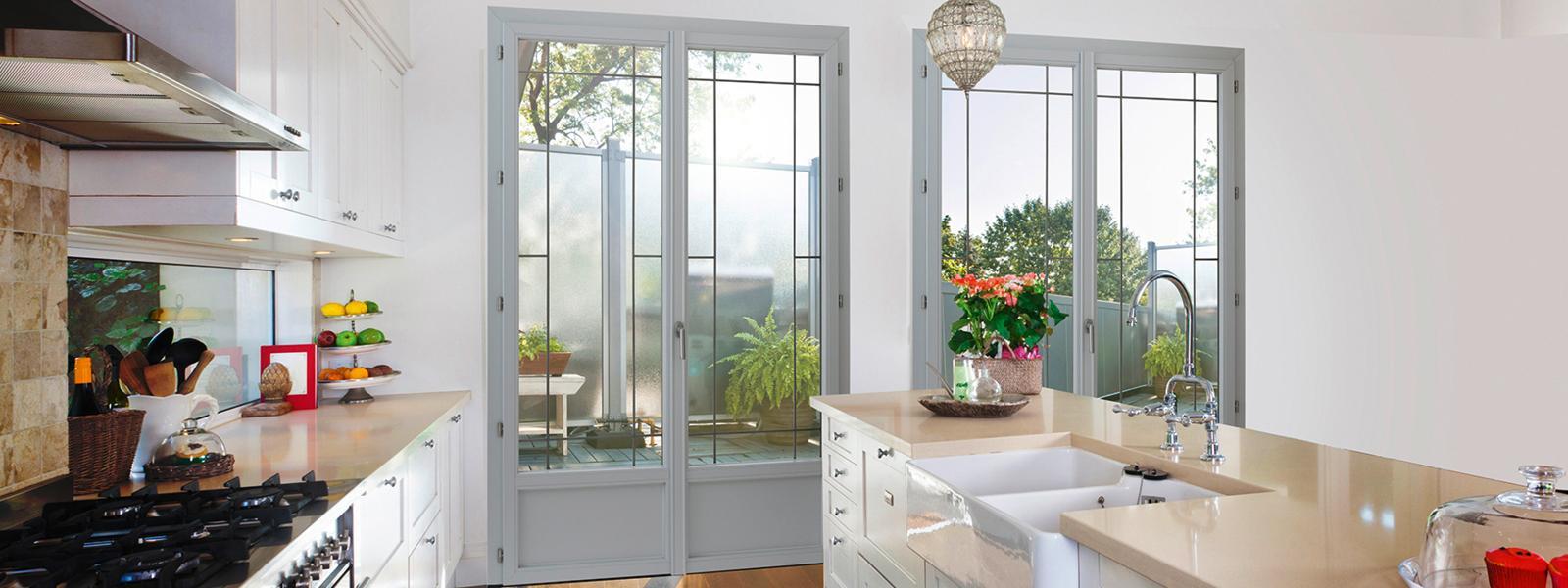 Porte-fenêtre composite - ouverture à la française - Weisz