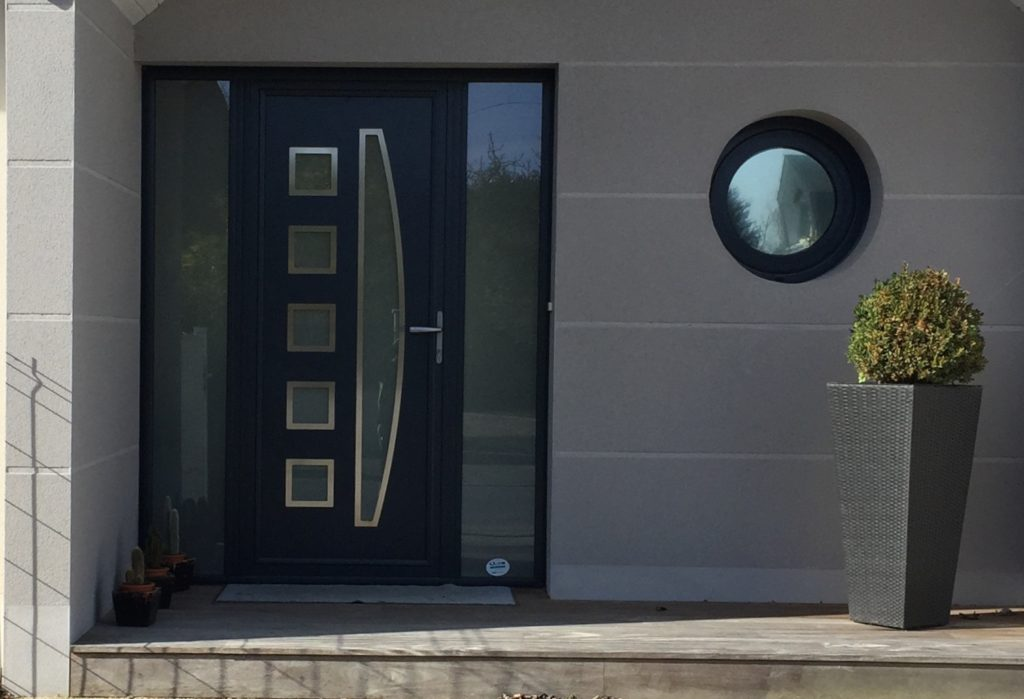 Porte d'entrée composite avec 2 fixes latéraux vitrés - Weisz